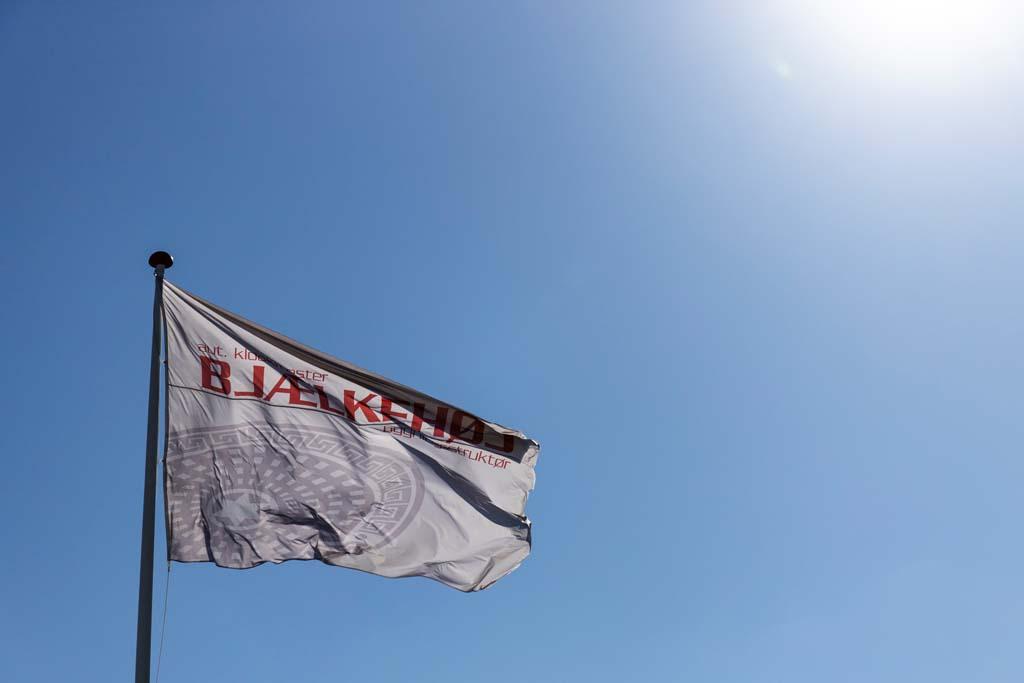 Bjælkehøj Entreprenøren flag